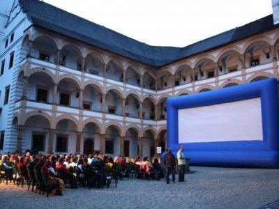 Open air projekce FILMFEST LOSINY